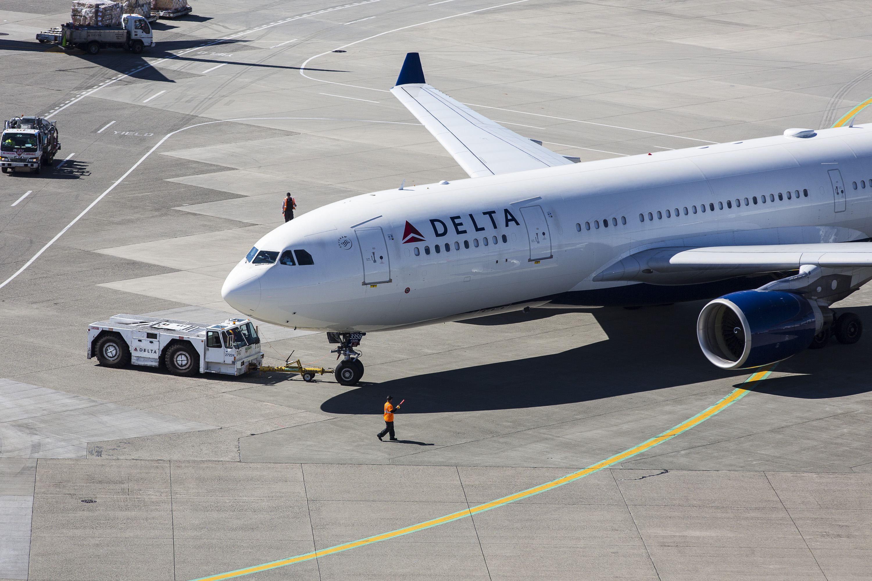 Aircraft at Sea-Tac Airport | Port of Seattle