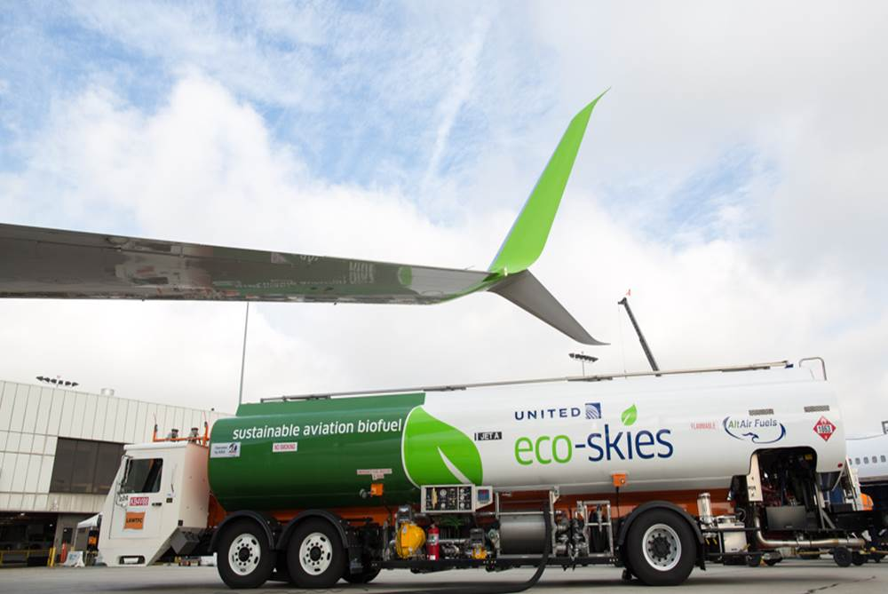 United Airlines Lessens their Environmental Impact | Port of
