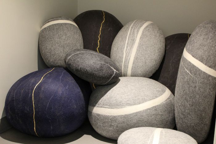 Pillows that look like rocks